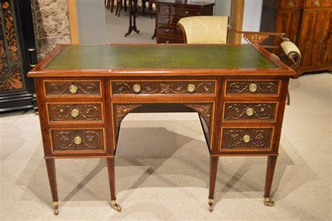 desks antique mahogany antique desk by gillows of lancaster at 1stdibs