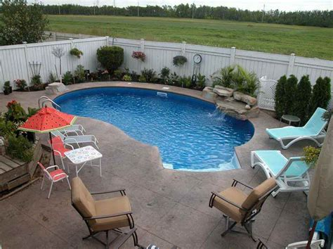 backyard inground pool designs best 25 small backyard pools ideas on small
