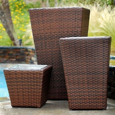 Resin Wicker Planter rst outdoor resin wicker planters set of 3