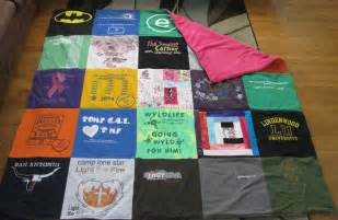 diy basic t shirt quilt tutorial part 1 totally stitchin