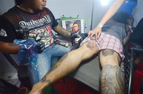 filipino tattoo artist in singapore photos tattoo enthusiasts get to the point in manila