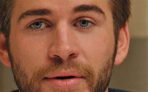 chris eye color 14 liam hemsworth wallpapers high quality resolution