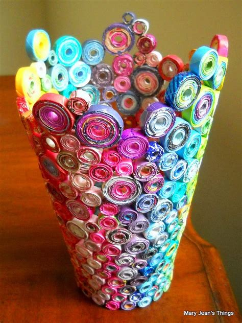 Paper Things To Make Easy - 32 cool things to make with magazines stylecaster