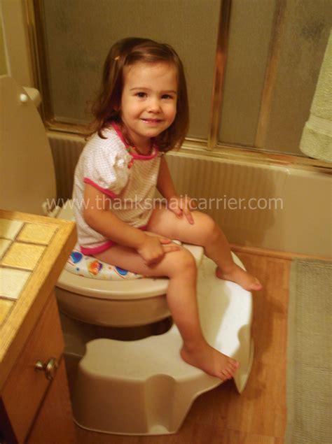 little girl potty training boys 1036px