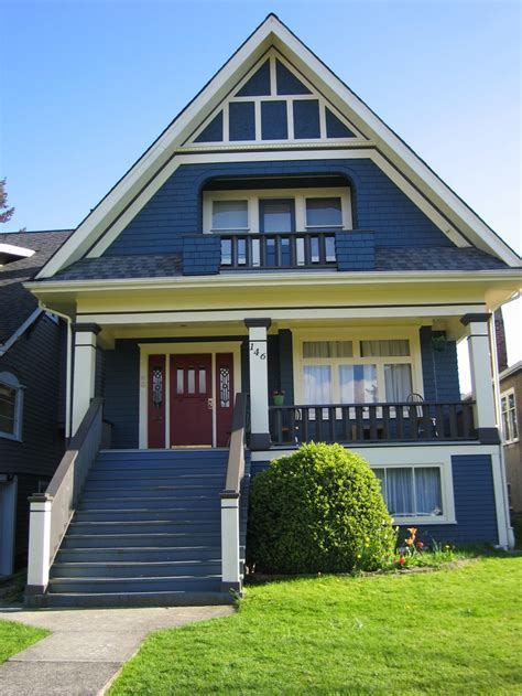 blue house with red door love blue houses red doors architecture pinterest