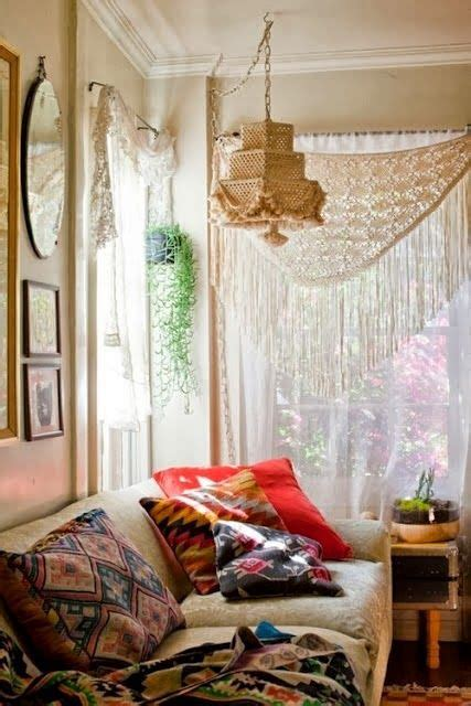 how to make your room bohemian bohemian wednesday how to create a bohemian room 10 09 2013 minas decor fashion bohemian