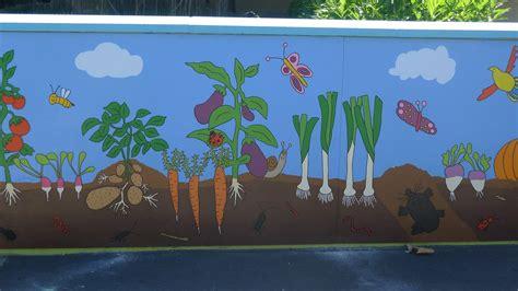 Legumes Qui Poussent Vite by Les L 233 Gumes 231 A Poussent Aussi Sur Les Murs