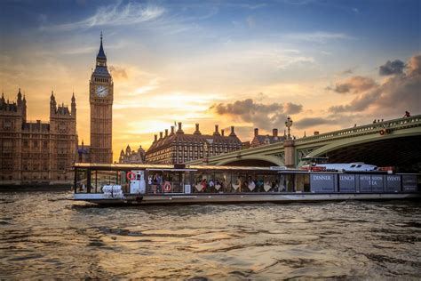 thames river cruise restaurant romantic things to do in london on aboutbritain com