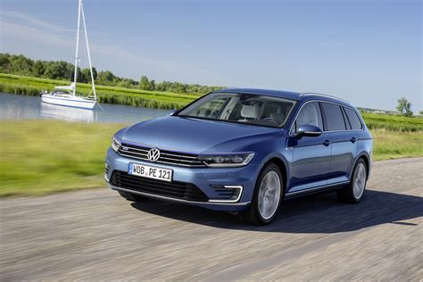 passat gte vw passat gte sedan and estate get new photo gallery