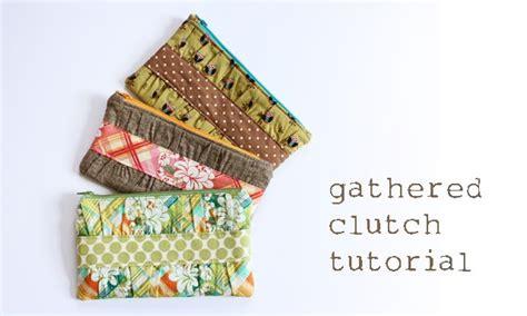 free sewing pattern zippered clutch 40 diy zip pouch tutorials on polka dot chair blog