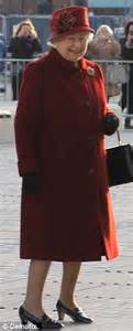 Glr Gn Coat Dress Quenn Maroon mail she you yoko ono flies in from new