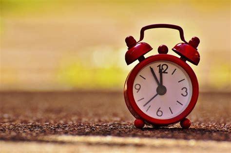 winterzeit wann wird die uhr umgestellt achtung zeitumstellung am 30 10 2016 wird die uhr auf