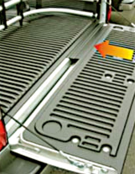 bed gate compare truck bed tailgate vs tailgate easylift etrailer com