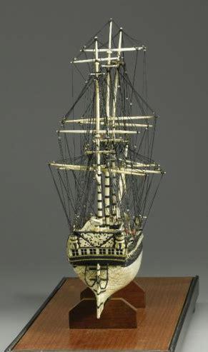 Pena Unik Model Tulang model kapal layar dibuat dari tulang manusia dairishare