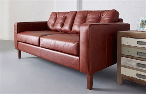 buttoned leather sofa buttoned back sofa chesterfield company