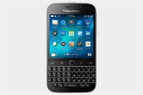 best qwerty smartphones the 7 best qwerty keyboard phones of 2016 digital trends