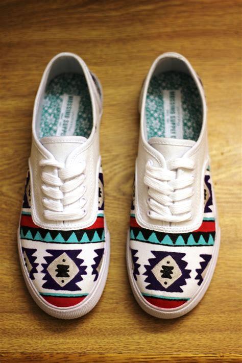 aztec pattern vans drawn vans aztec pattern pencil and in color drawn vans