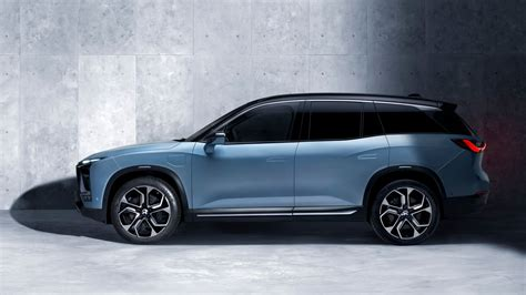 Nio Garage by The Nio Es8 Is The Electric Crossover That S Far Cheaper