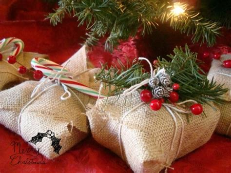 best wrapped christmas presents 33 adorable burlap gifts wrapping ideas