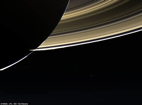 spacecraft orbiting saturn cassini pictures of earth taken from nasa