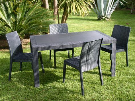 chaise salon de jardin 201 l 233 gant table et chaise de jardin pas cher en plastique