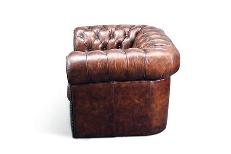 canapé cuir marron vintage fauteuil chesterfield original