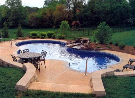 dallas tx homes with swimming pools for sale