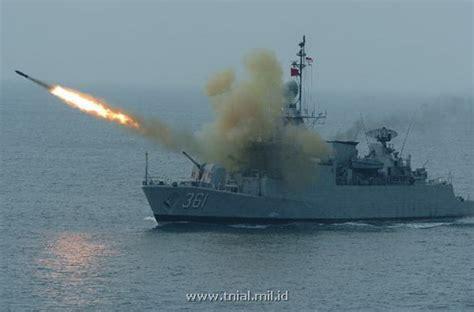 film perang kapal hendricks blog kapal perang