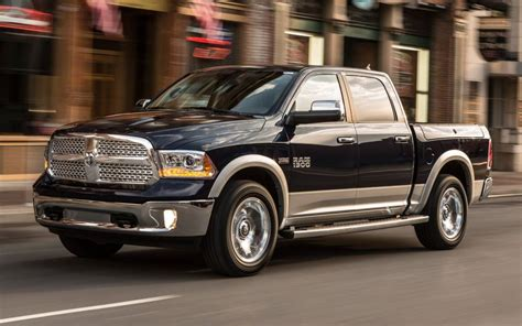 2013 dodge 1500 ram island ny 2013 dodge ram 1500 earns truck of the