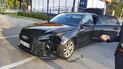 puigdemont in amsterdam carles puigdemont sufre un accidente de tr 225 fico
