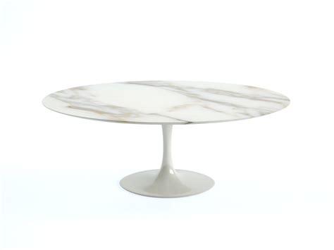 Buy The Knoll Saarinen Tulip Dining Table Oval At Nest Co Uk Oval Tulip Dining Table
