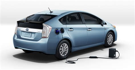 electric and cars manual 2011 toyota prius auto manual heels on wheels 2012 toyota prius plug in hybrid review video
