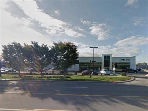 hines park plymouth mi hines park lincoln plymouth mi 48170 car dealership