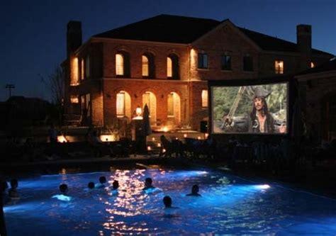 backyard movie screen rentals outdoor movie screen rental milwaukee wisconsin rent a movie screen inflatable