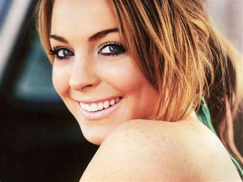 Lindsay Lohan Is by Lindsay Lindsay Lohan Wallpaper 98657 Fanpop