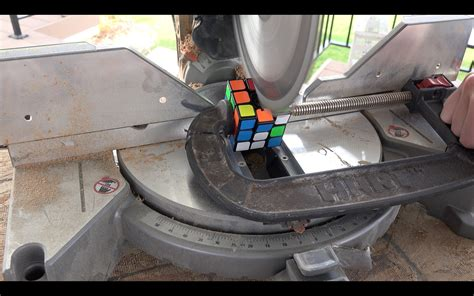 what s inside of a resistor what s inside a rubik s cube