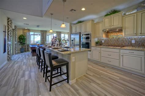 top five can t miss design and d 233 cor trends shea homes