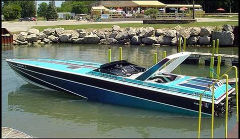 miami vice go fast boat u151 1986 wellcraft 38 scarab kv 38 from the hit tv