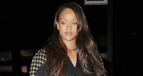 new songs rihanna steps out after releasing new song selfish