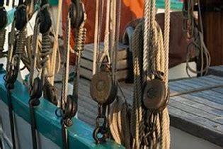 on a boat pulleys are used to raise and lower compound pulleys exles