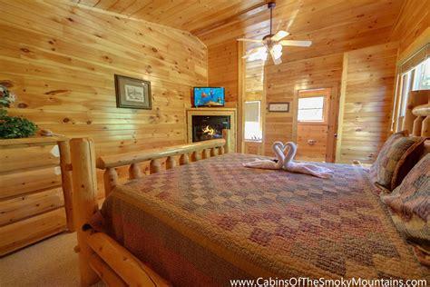10 bedroom cabins in gatlinburg gatlinburg cabin cherokee ridge 3 bedroom sleeps 10