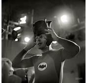 16 Interesting Vintage Photos Of Adam West And Burt Ward