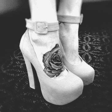 foot tattoos tumblr tumblr n1qwk96x6v1qd26swo1 400 jpg