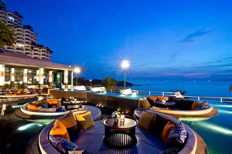 hotel best 10 best hotels in pattaya luxury pattaya hotels