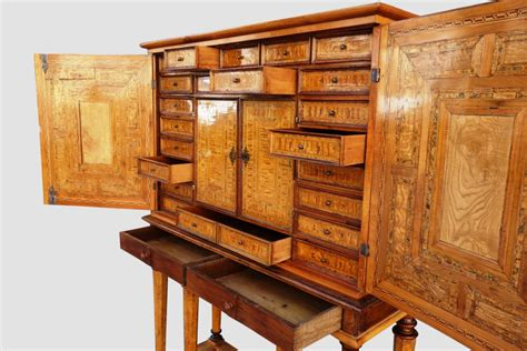 Cabinet Franco Allemand by Cabinet Allemand