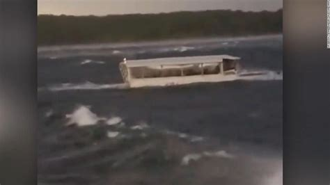 live duck boat accident in missouri cnn - Duck Boat Sinking Video
