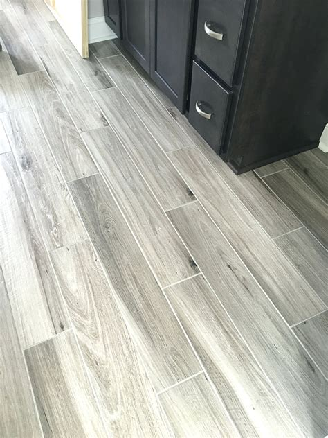 rubber flooring that looks like hardwood ourcozycatcottage com