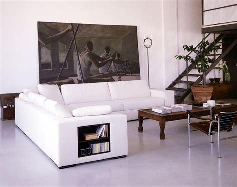 modelli di divani divani i modelli attrezzati con piani d appoggio e vani