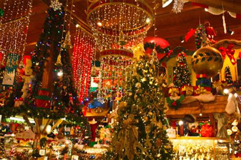 best christmas lights in michigan adventures for anyone frankenmouth michigan one of the best wonderlands