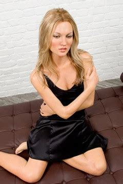 Friday Fab News Roundup Fabsugar Want Need 27 by Kate Moss Madame Tussauds Topshop In Australia